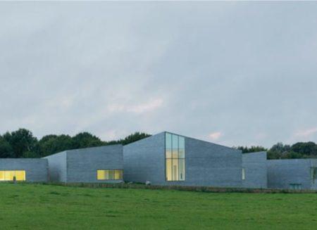 Conception bioclimatique et résiliente pour le musée départemental du Verre